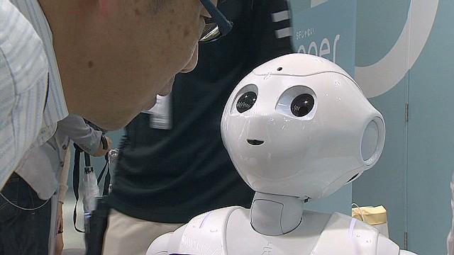 Sony работает над роботом, который сможет расти, формируя эмоциональную связь с владельцем