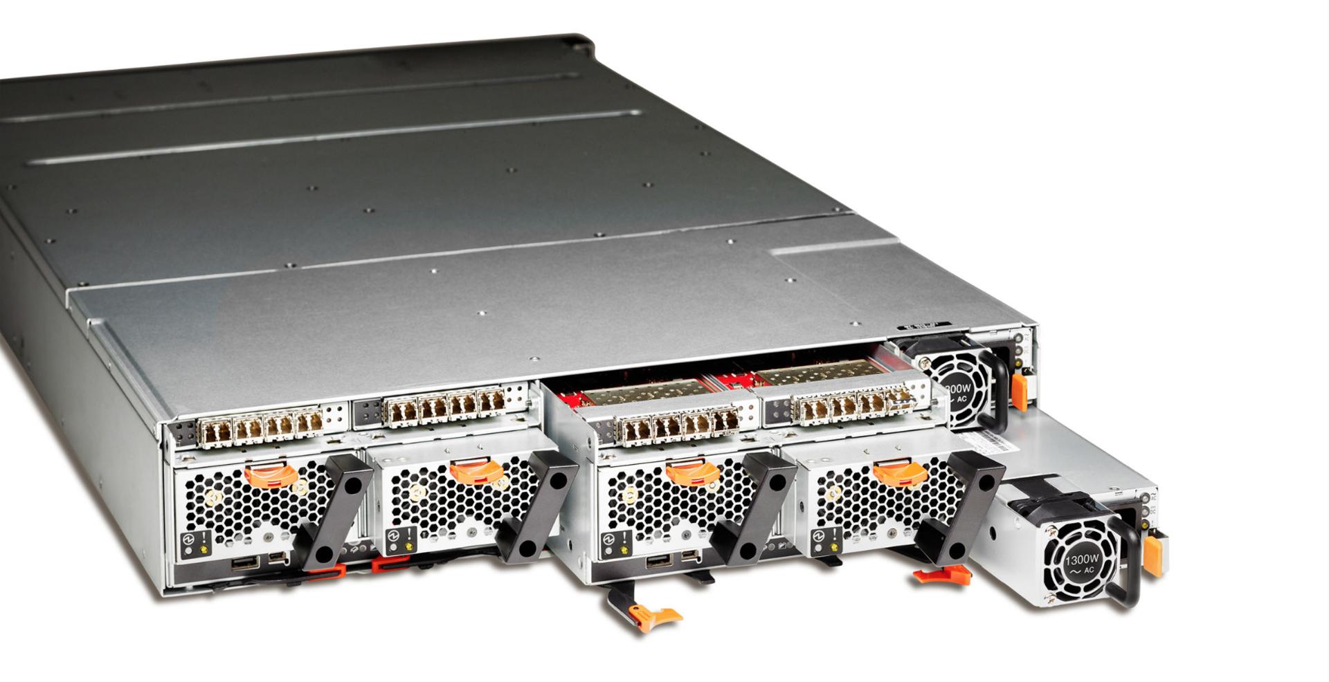 Внутри IBM FlashSystem 900 - 7