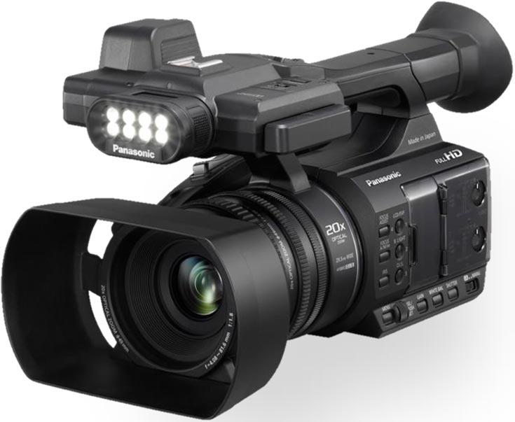 Видеокамера Panasonic AG-AC30 весит 1,5 кг