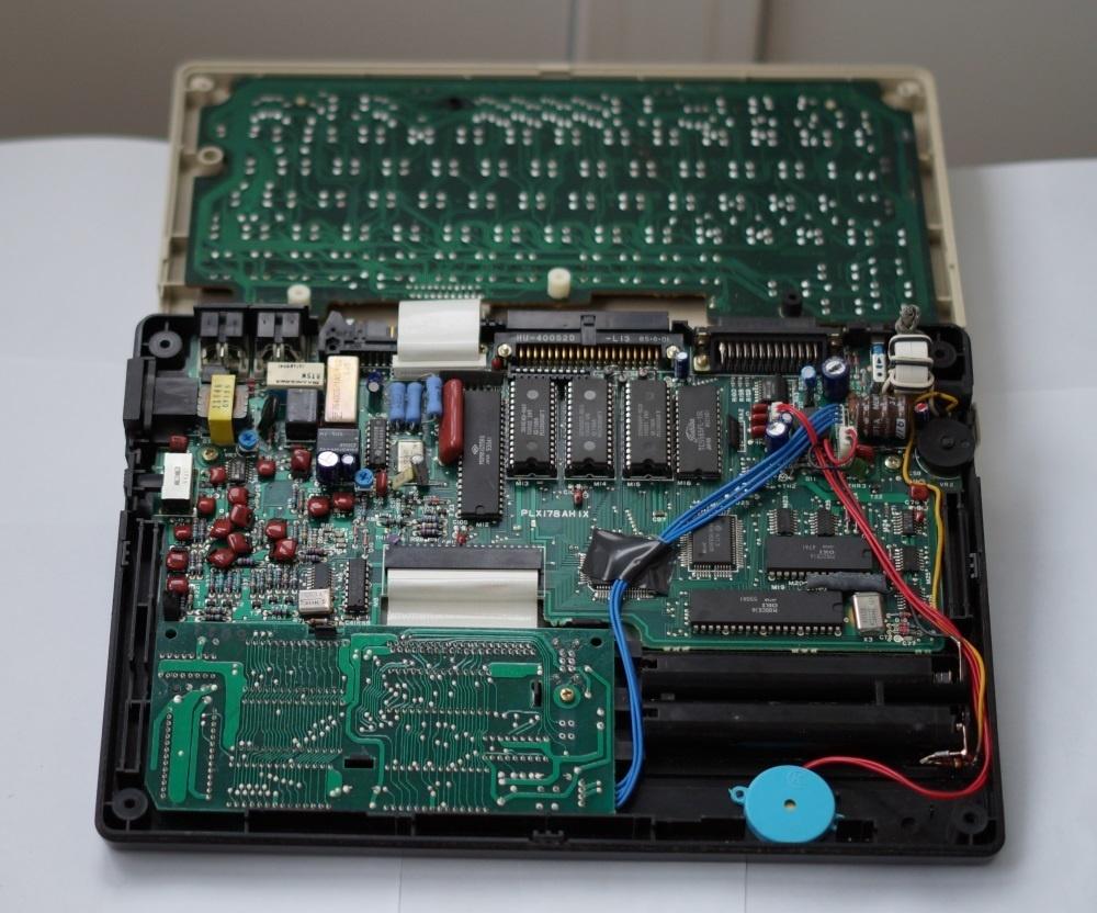 Ноутбук Tandy TRS-80 model 200 - 10