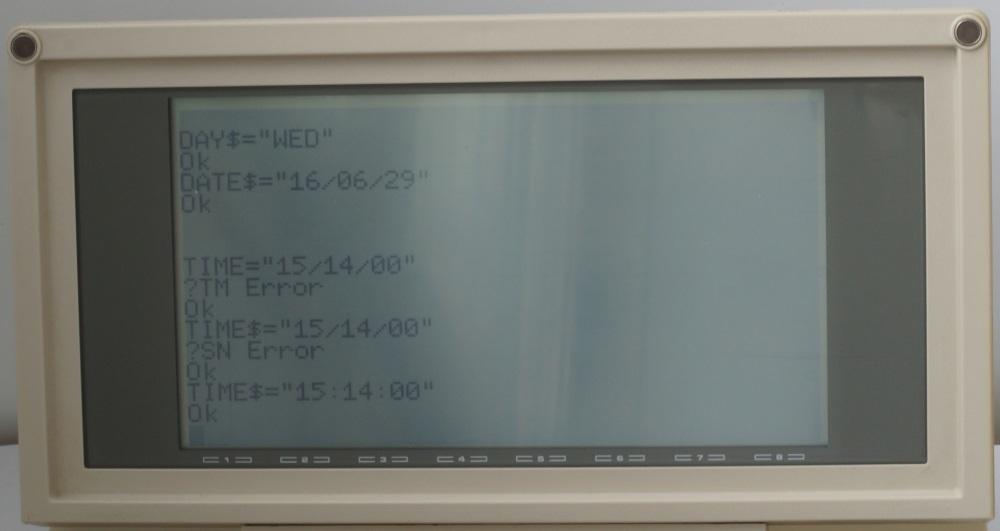 Ноутбук Tandy TRS-80 model 200 - 4