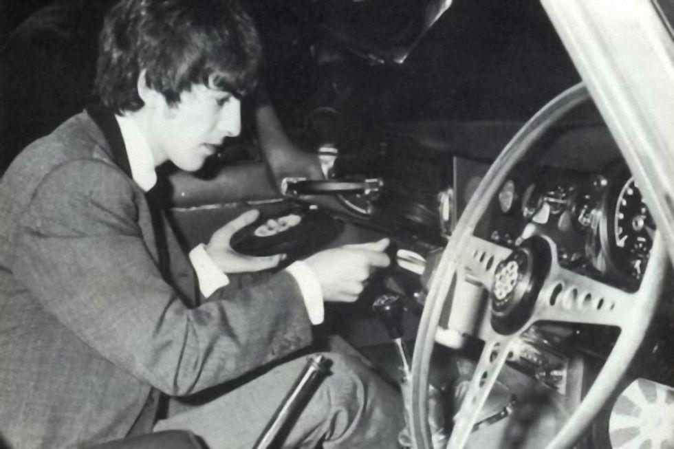 Highway Hi-Fi: первый в мире виниловый музыкальный центр для автомобиля от Chrysler - 3