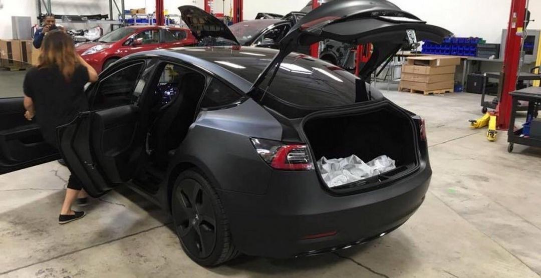 Электромотор самой недорогой модели автомобиля Tesla мощнее, чем двигатель BMW M3 - 4