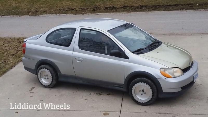 Liddiard Wheels: всенаправленные колеса для автомобиля, берущие функцию парковки любой сложности на себя - 1
