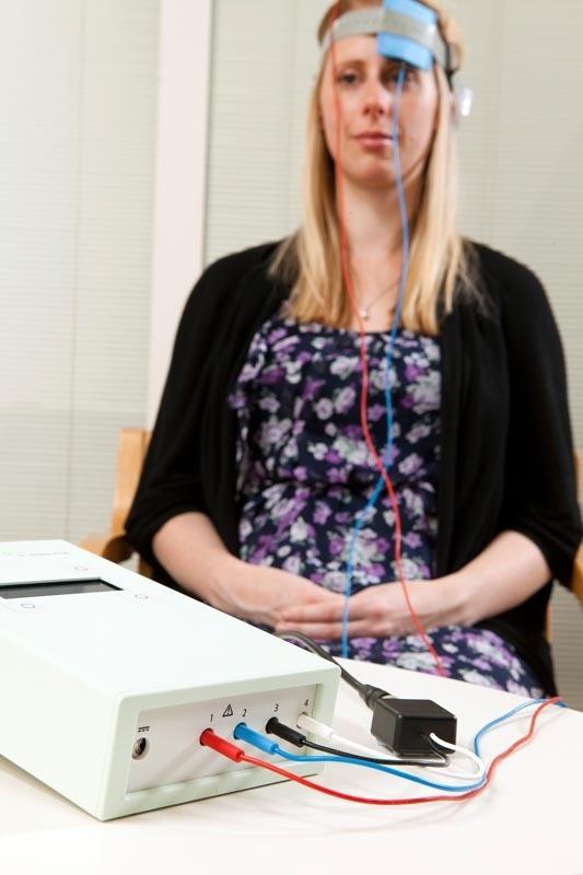 Учёные предупреждают о побочных эффектах слабой электрической стимуляции мозга - 2