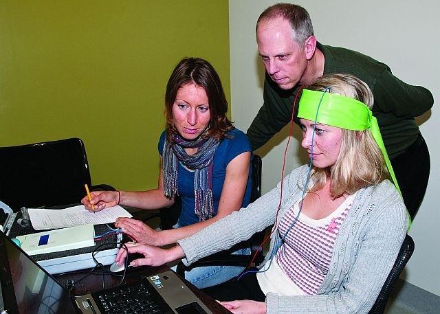 Учёные предупреждают о побочных эффектах слабой электрической стимуляции мозга - 3