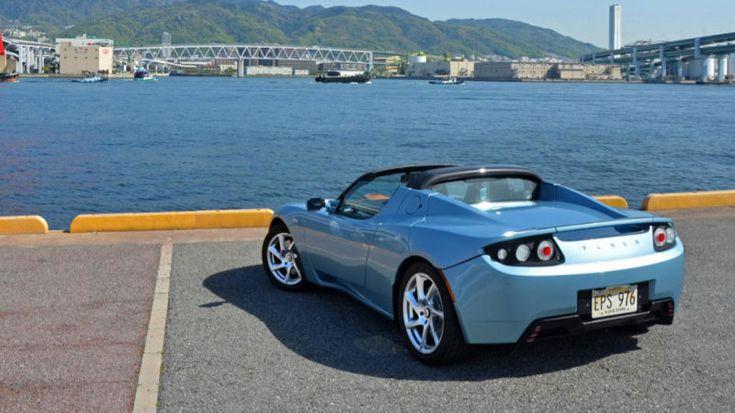 Tesla Roadster получают обновление