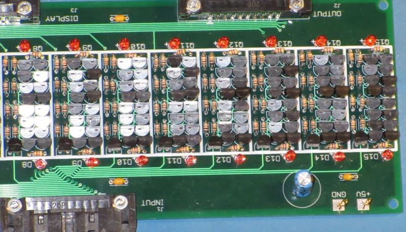 Британский инженер построил 500-килограммовый процессор из дискретных элементов. Этапы работы и интервью с создателем - 14