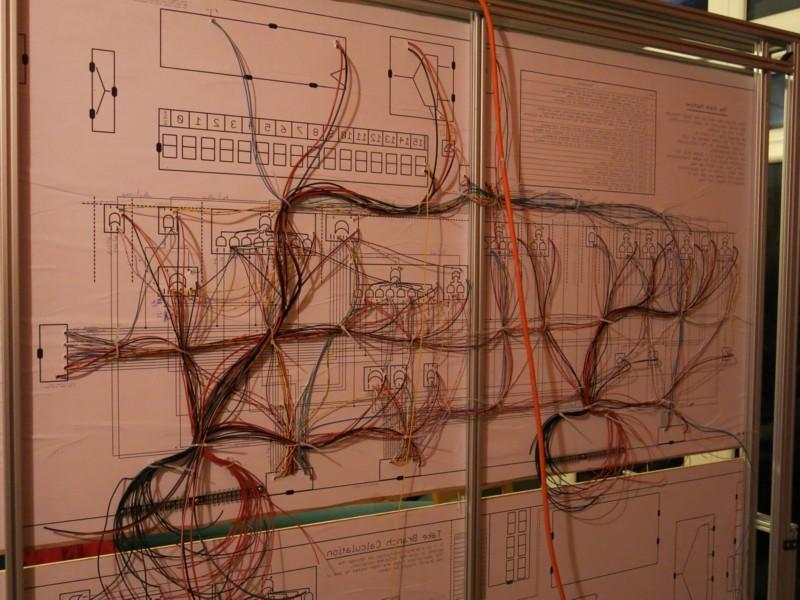 Британский инженер построил 500-килограммовый процессор из дискретных элементов. Этапы работы и интервью с создателем - 7