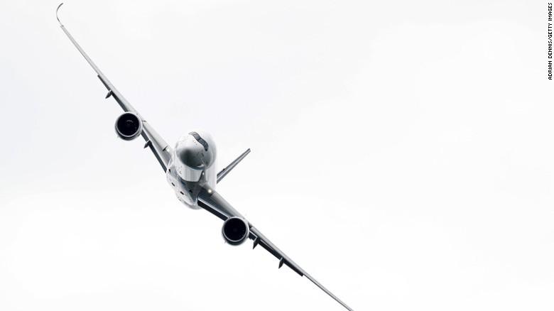 Истребитель F-35 стал звездой авиасалона Фарнборо-2016 - 8