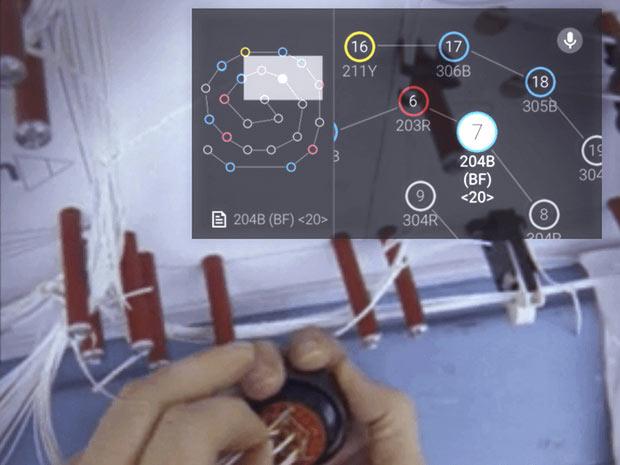 Понадобилось подключить Google Glass с базам данных, в которых хранится необходимая монтажникам информация