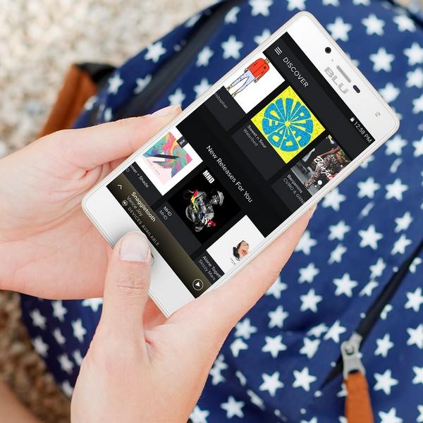 Смартфон Blu Studio Touch получил сканер отпечатков пальцев