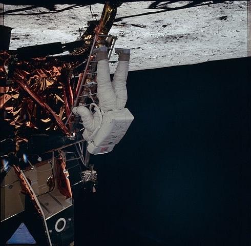 Переверните Армстронга или история трансляции первой лунной прогулки - 1