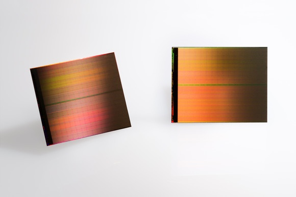 Intel уже отгружает накопители с памятью 3D Xpoint своим партнёрам