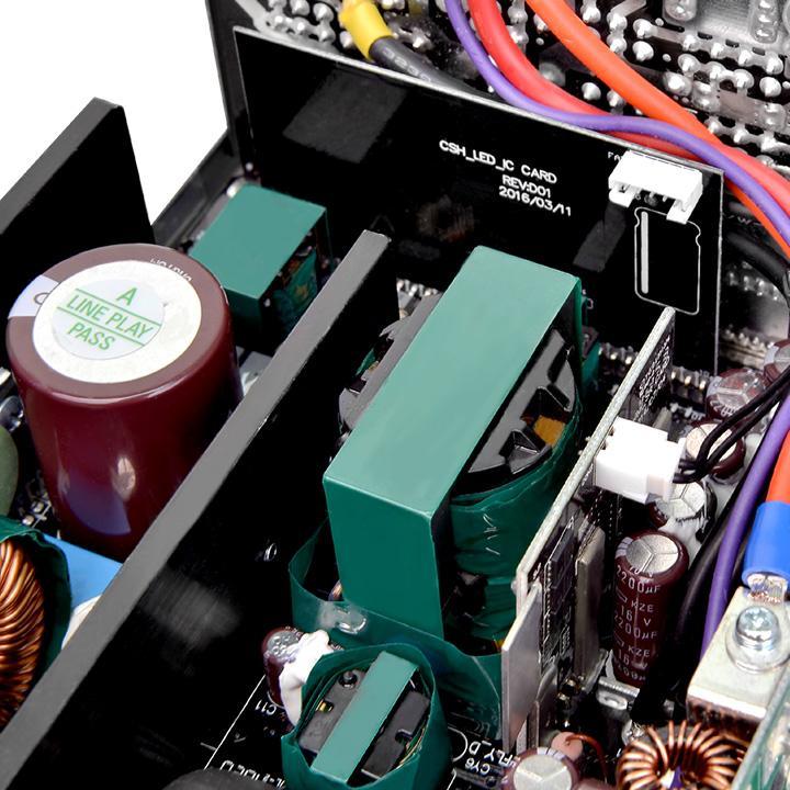 Серия Thermaltake Toughpower DPS G RGB получила одну линию напряжения 12 В с возможностью отдачи полной мощности по ней