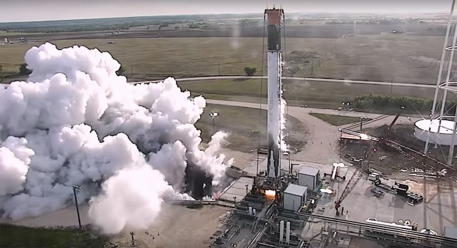 SpaceX провела огневые испытания вернувшейся ступени Falcon 9 - 1