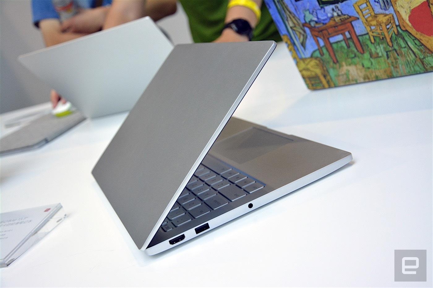 «Сами вы клоны!» или новые ультрабуки Mi Notebook Air от XIAOMI - 5