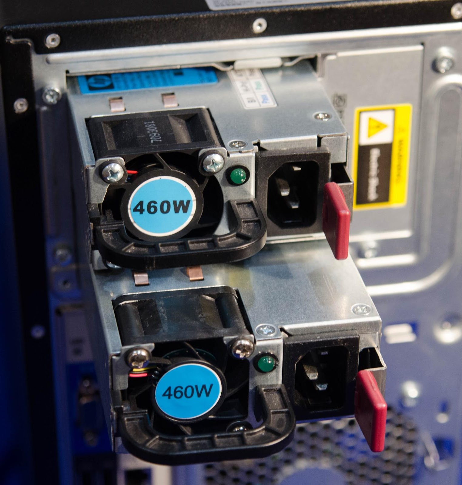 MаL, да удал: Обзор младших серверов линейки HPE ProLiant ML - 17