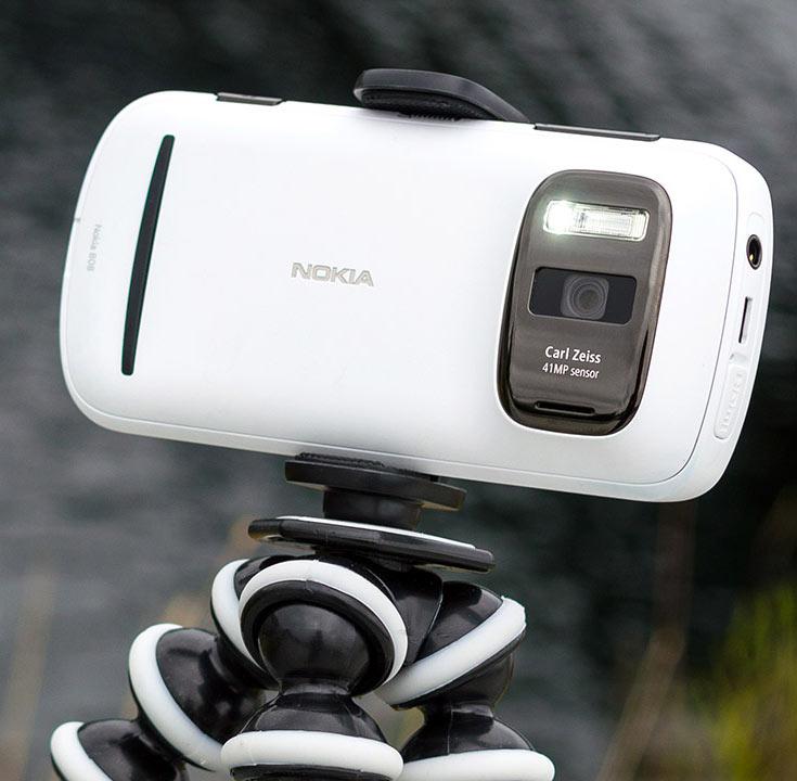 Разработки подразделения, возглавляемого Алакару, нашли применение в смартфонах Nokia 808 и Lumia 1020