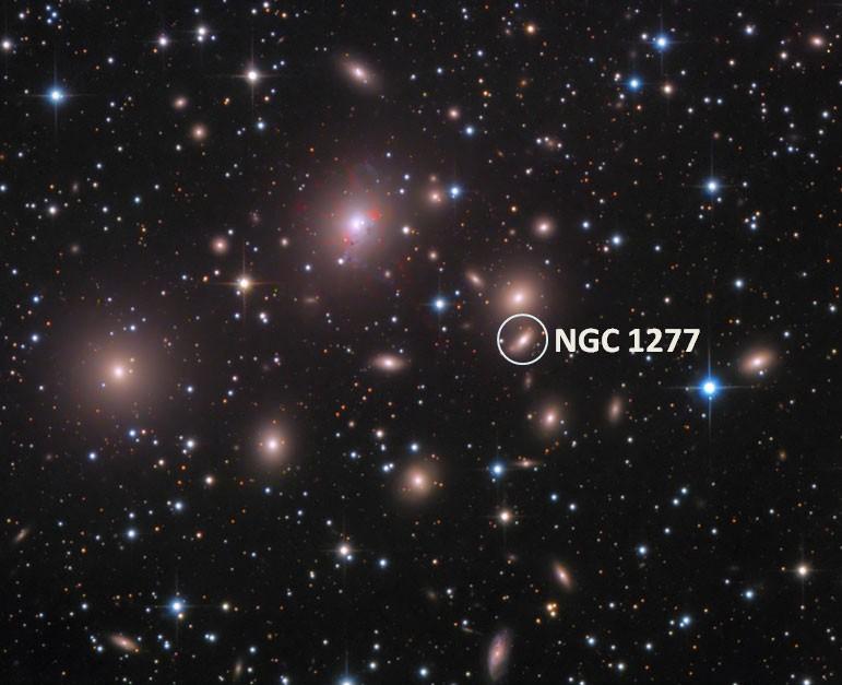 Крупнейшая чёрная дыра в известной части Вселенной - 10