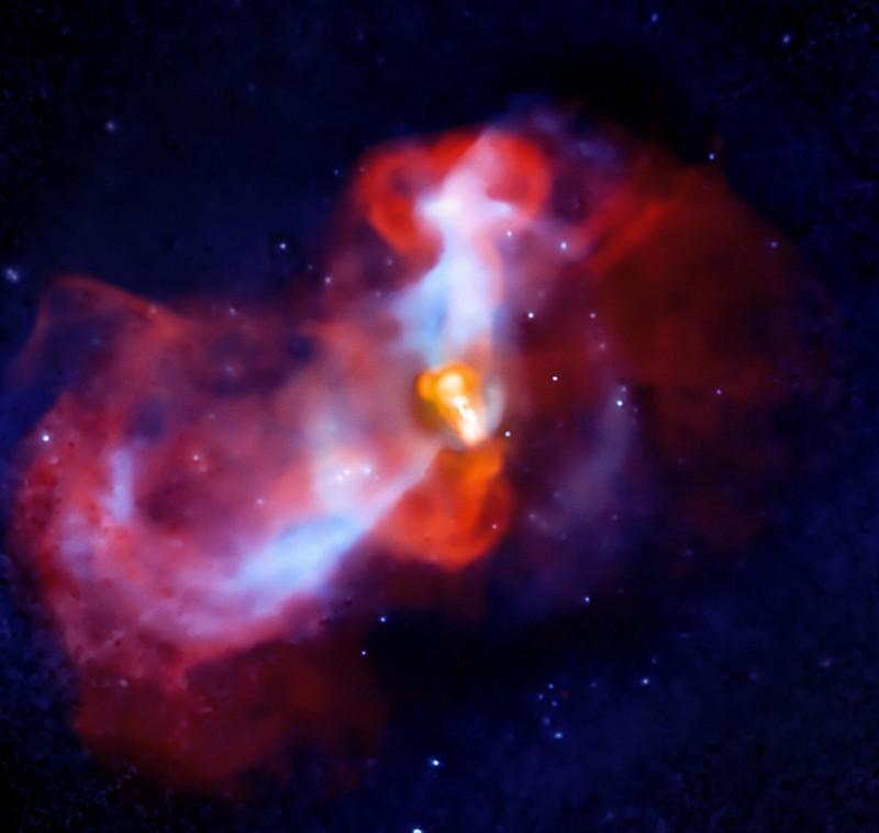 Крупнейшая чёрная дыра в известной части Вселенной - 5