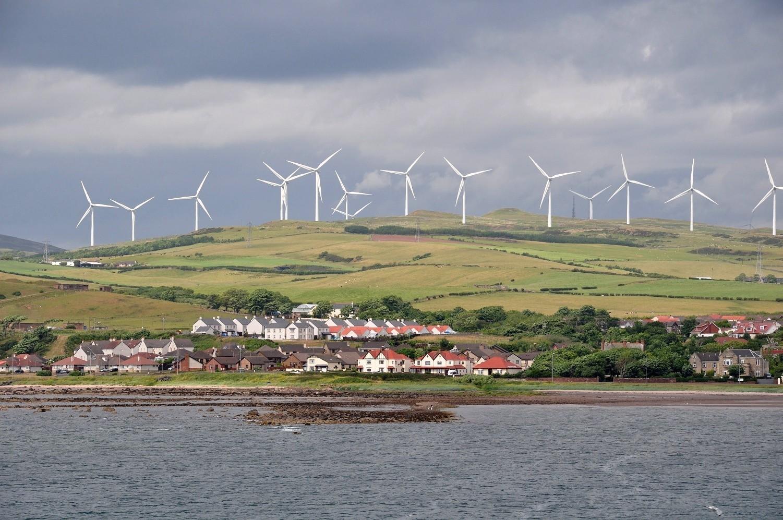 Ветряки Шотландии сгенерировали 106% необходимого электричества - 1