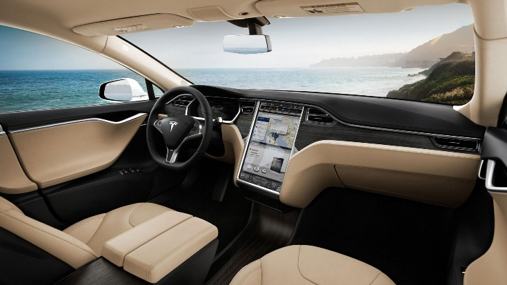 Tesla поправила термин о вождении на китайском сайте