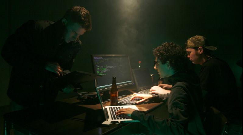 Насколько защищены от кибератак банки и биржи: Статистика и мнения экспертов - 1