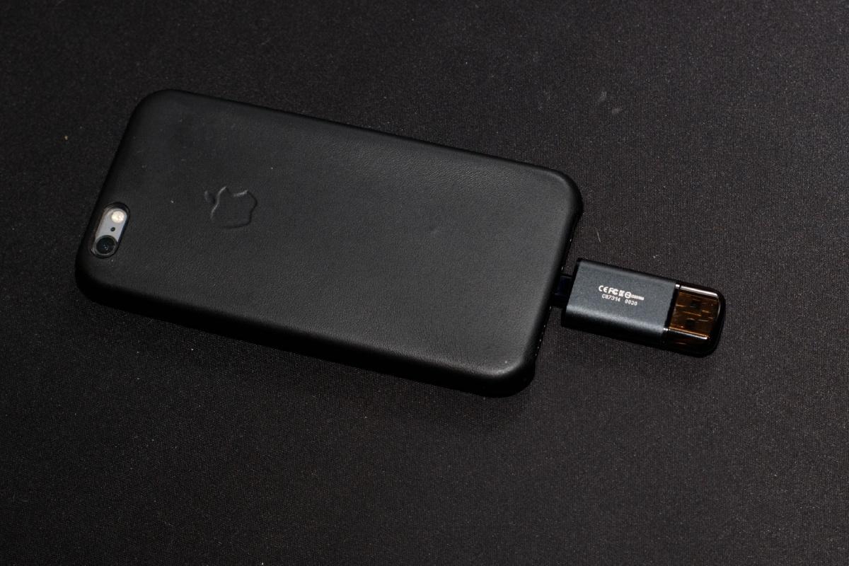 Обзор флешки USB-Lightning Transcend JetDrive Go 300K - 10