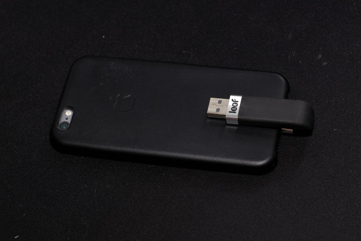 Обзор флешки USB-Lightning Transcend JetDrive Go 300K - 9