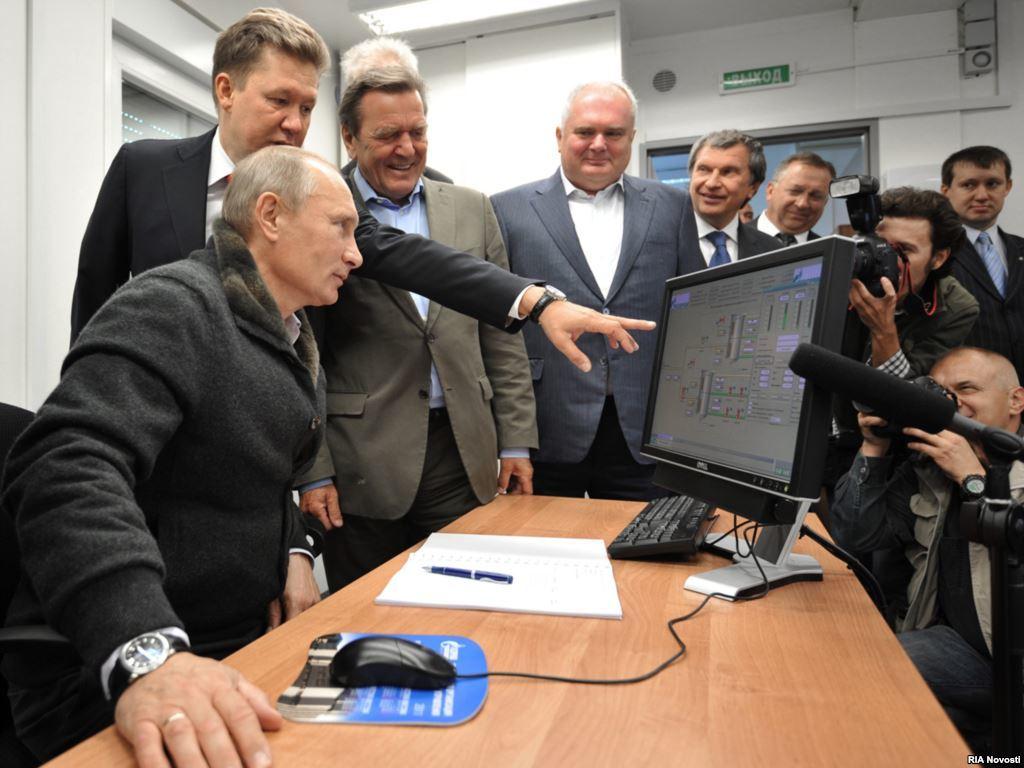 Теперь всё ясно. Минкомсвязи РФ подготовило законопроект о государственном контроле над рунетом - 1