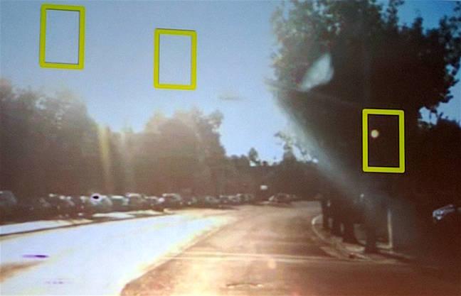 Робомобили Google все еще не готовы к массовому появлению на дорогах. Почему? - 4