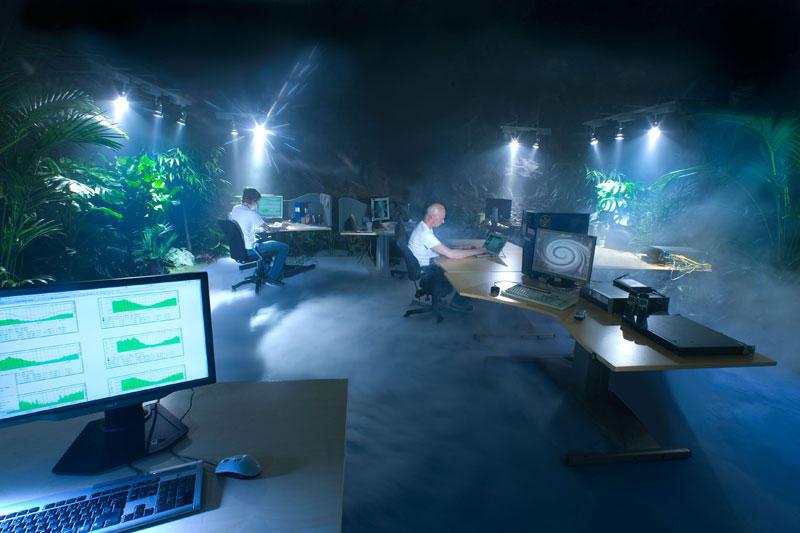 Ядерный бункер в Париже переоборудуют в дата-центр компании online.net - 14
