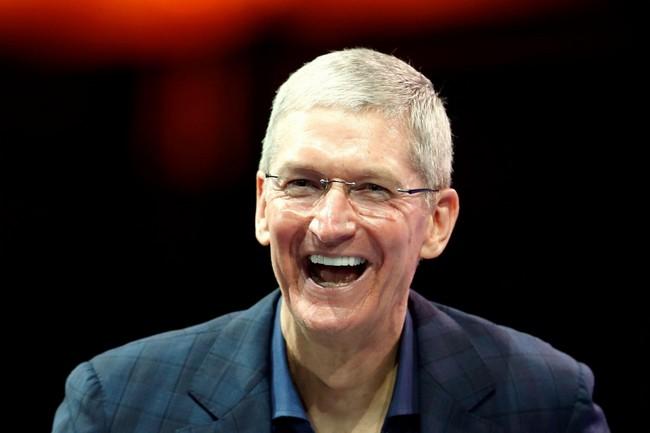 Тим Кук продал часть акций Apple на сумму около $36 млн
