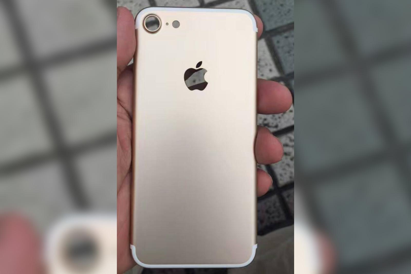 Как купить iPhone 7 раньше всех и не разориться? (+ акция от Pochtoy.com) - 2