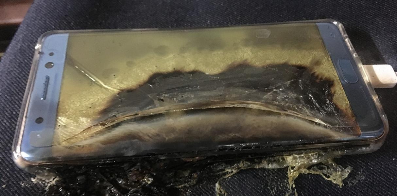 Samsung отзывает смартфоны Galaxy Note 7 после сообщений о взрывах батарей - 2