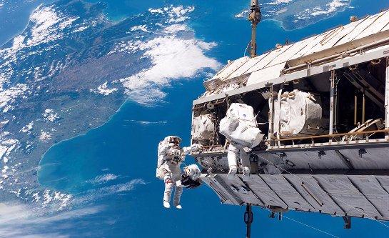 Коммерческие космические полеты произойдут позже, чем планировали в NASA