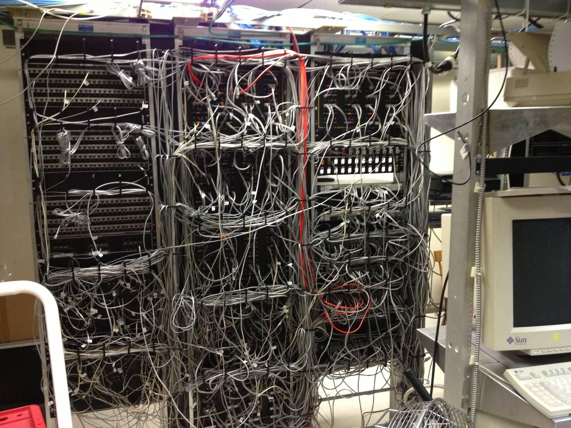 Картинки по запросу cable-management