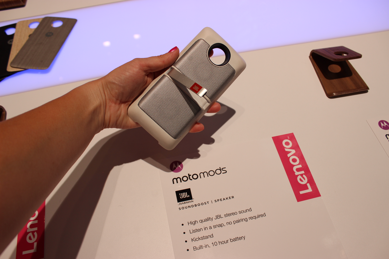 Moto Z Play — первый вгляд на модульный смартфон - 9