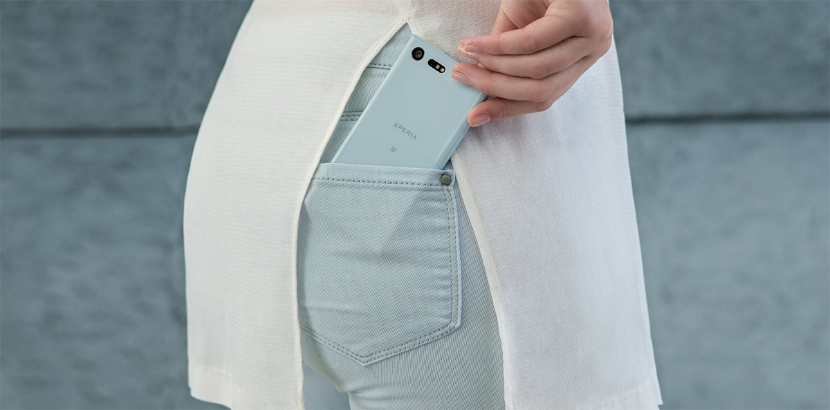 Sony Xperia XCompact поступает в продажу в России - 1
