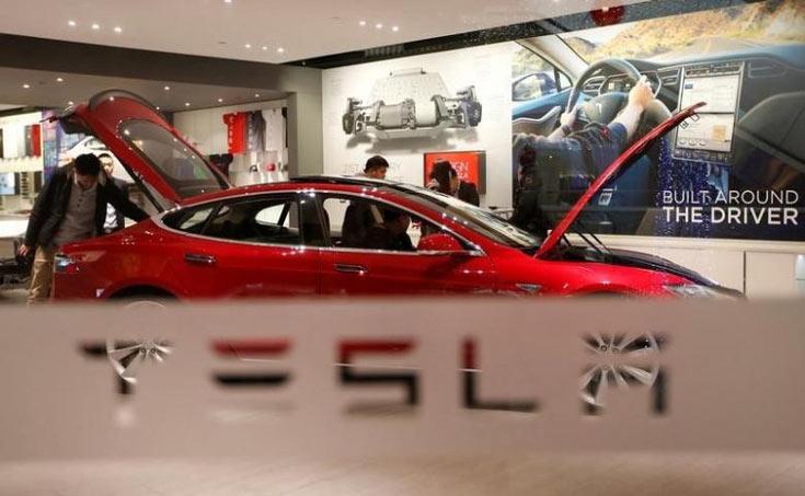 По словам Маска, новый автопилот не допустил бы гибели водителя в майском ДТП