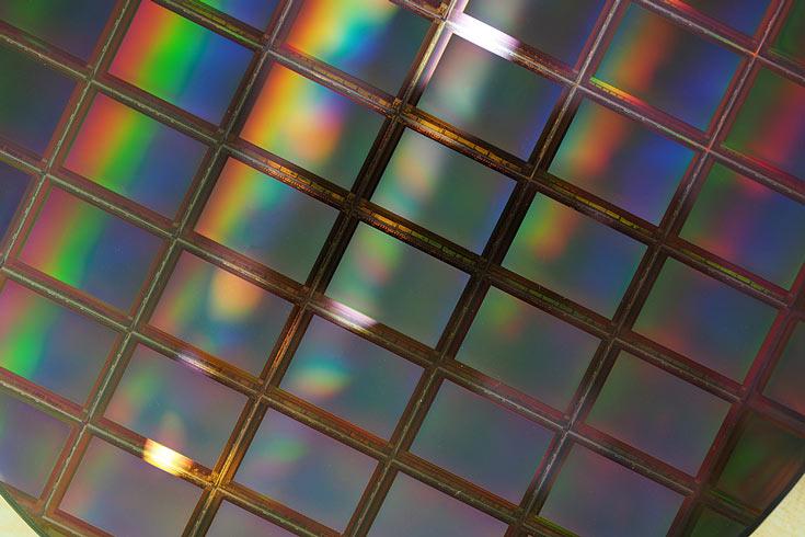 До настоящего времени SK Hynix выпускал на 300-миллиметровых фабриках только память DRAM и NAND