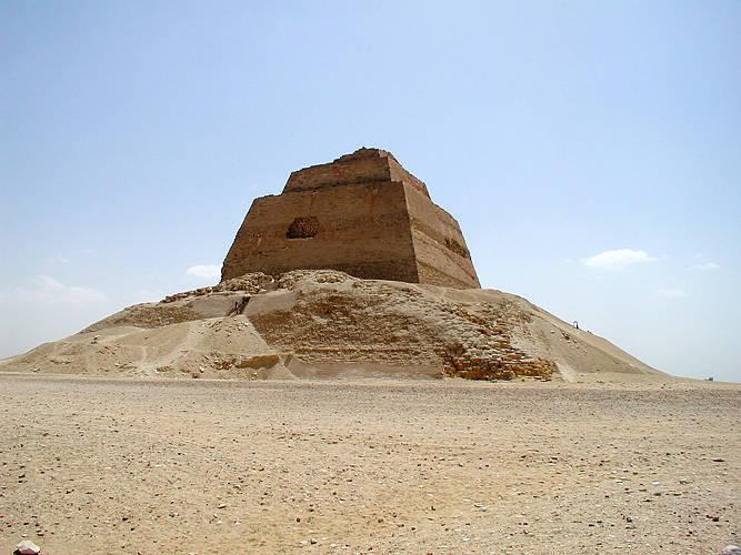 Кто построил египетские пирамиды? - 4