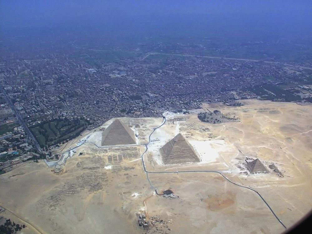 Кто построил египетские пирамиды? - 1
