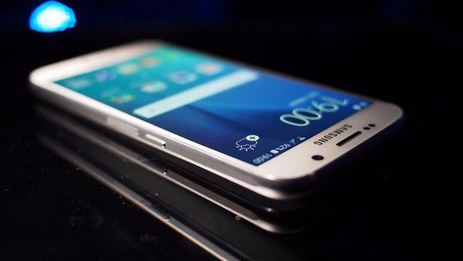 Похоже, Samsung хочет сделать свой собственный разъем для наушников