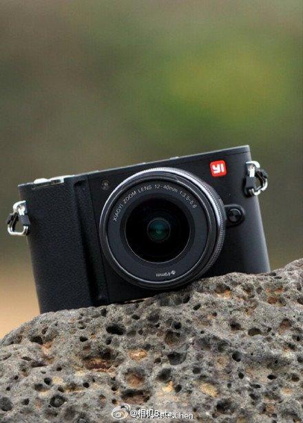 Новая фотокамера Xiaoyi похожа на представителя линейки Leica T-System