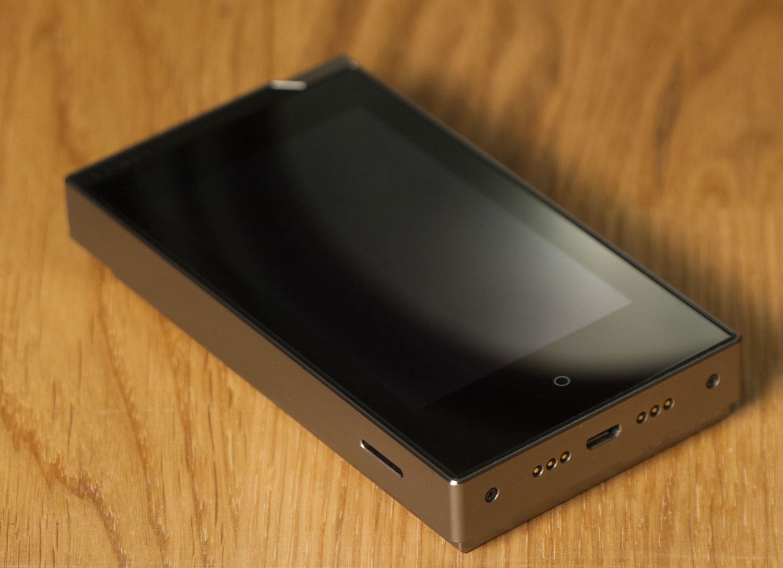 Hi-Fi-слиток: аудиоплеер Cowon PLENUE S - 1