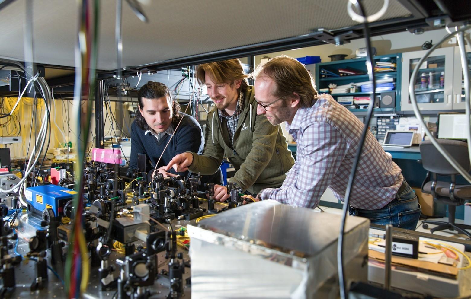 Новый рекорд квантовой телепортации по оптоволокну: 6,2 км по прямой - 2
