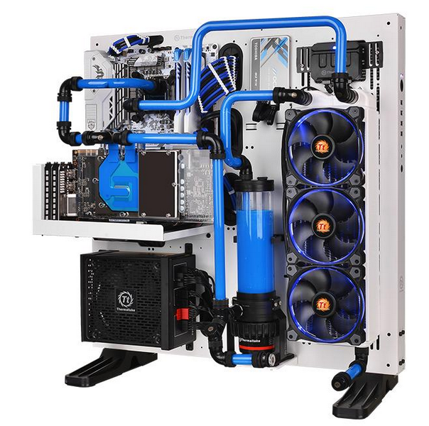 Thermaltake выпустила водоблок для видеокарт Asus