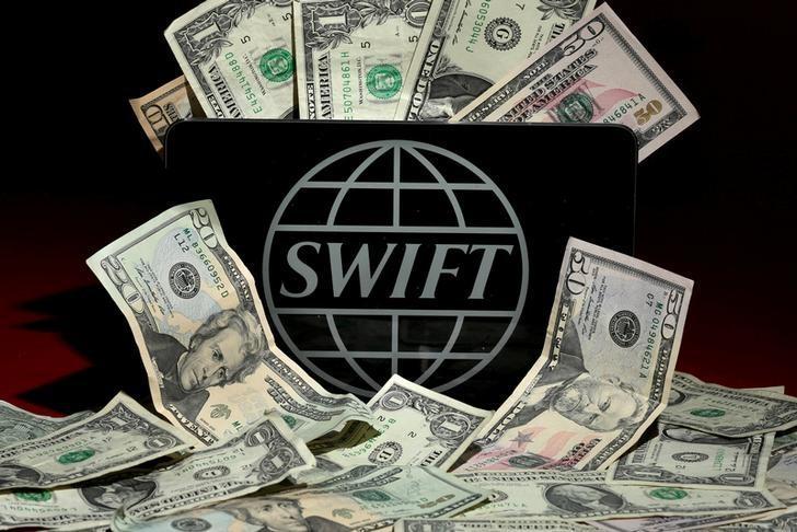 С использованием системы обмена сообщениями SWIFT ежедневно переводятся триллионы долларов